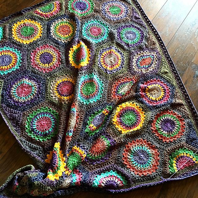 [Free pattern]Stunning Crochet Hexagon Burst
