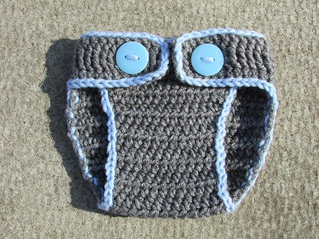 Giraffe Hat and Diaper Cover Set   AllFreeCrochet.com   480x640
